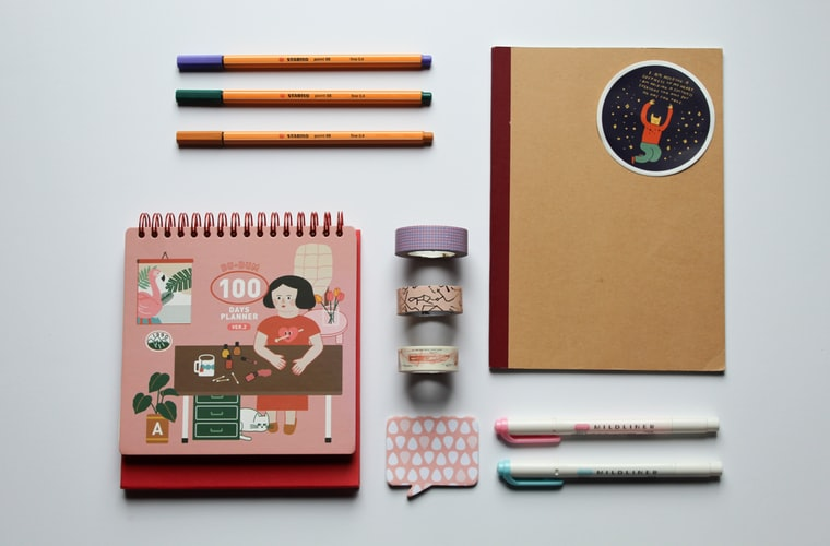 ways to decorate bullet journal pages