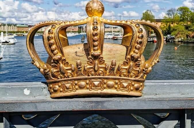 Crown Drawing Reference